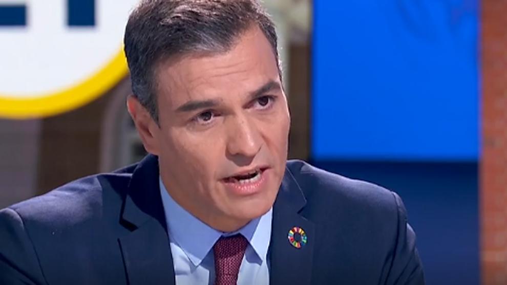 Sánchez espera que en diciembre se empiece a vacunar a los grupos de la población consensuados con las CCAA